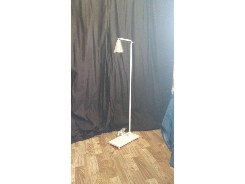 Lámpara de pie artesanal