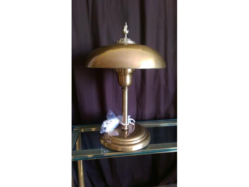 Lámpara de mesa de diseño