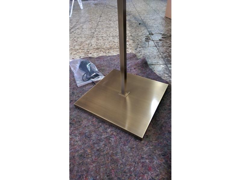 Lámparas de pie artesanales
