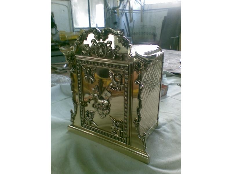 restauración sagrarios metálicos madrid