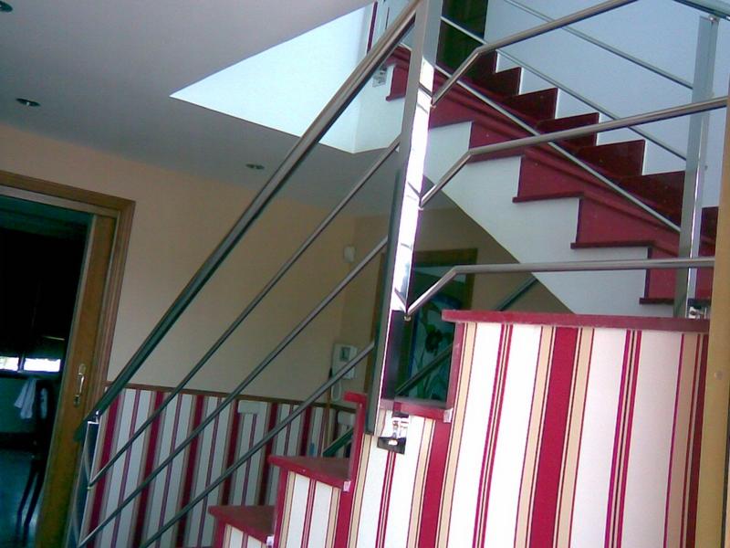 Barandilla de acero inoxidable para escaleras