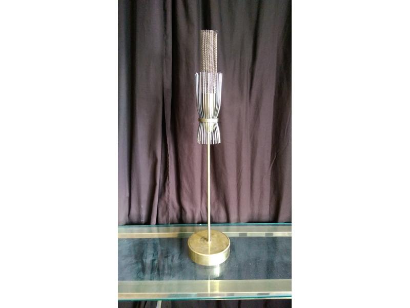 Metalistería de lamparas
